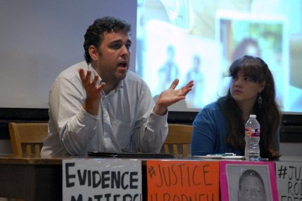 Ben Wolff, left, an attorney for Texas Defender Service, and Ana Hernandez, vice president for UT's Amnesty International chapter, discuss the Rodney Reed case in a panel Monday night. Photo by Zoe Fu for the Daily Texan.