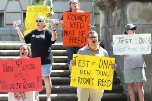 Amnesty International rally for Rodney at the University of Texas. picture by Blaine Young for the Daily Texan